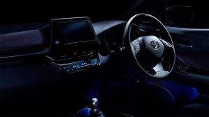 carlineup_c-hr_interior_top_pic_03_01_large